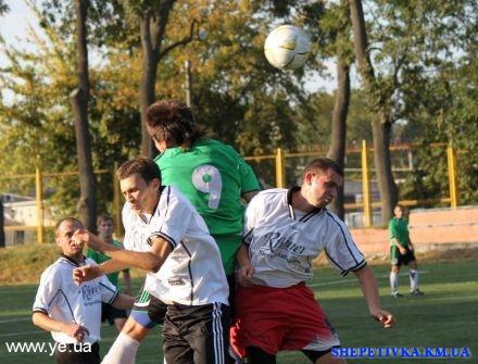 Футбольний матч «Поділля» - «Темп» 2